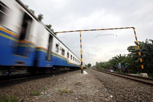Indonesian-authorities-installing-around-20-two-kg-to-stop-commut