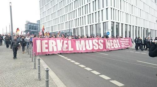 merkel_muss_weg03