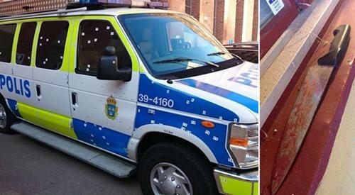 polizeifahrzeug_einschlaege
