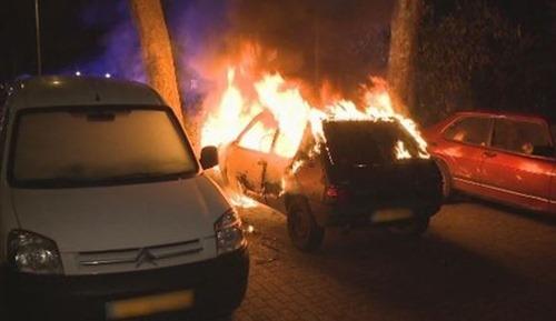 brennende_autos