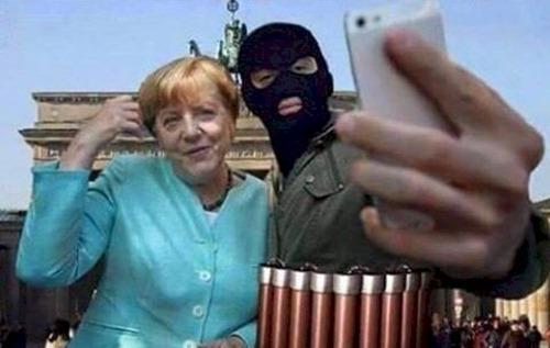 ein_selfi_mit_merkel