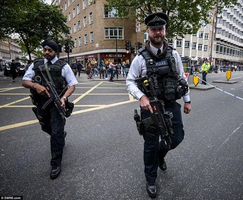 police_russel_quare