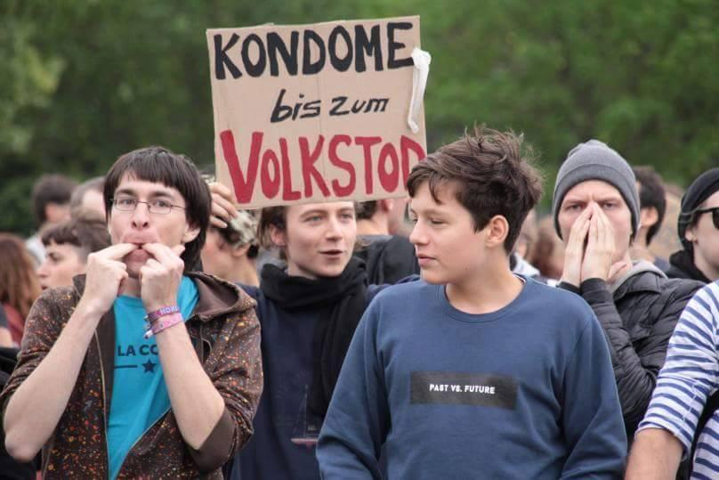 kondome_bis_zum_volkstod