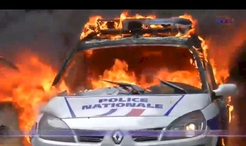 burning_police_car