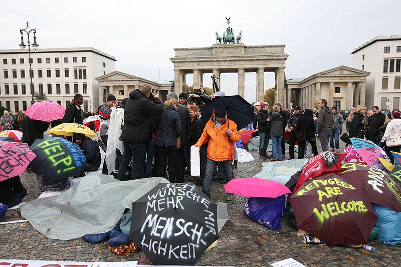 hungerstreik_der_fluchtlinge_in_berlin_2013-10-15_01