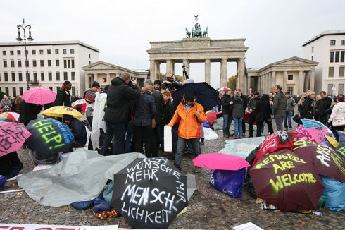 hungerstreik_der_fluchtlinge_in_berlin_2013-10-15_01