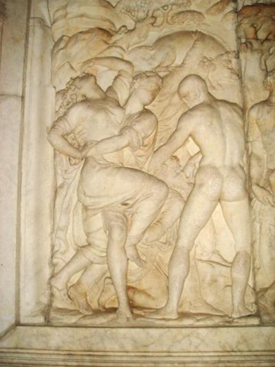 800px-2739_-_Firenze_-_Baccio_Bandinelli_-_Rilievo_del_monumento_a_Giovanni_delle_Bande_Nere_-_Foto_Giovanni_Dall'Orto,_27-Oct-2007