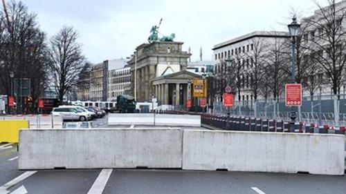 berlin_betonpoller