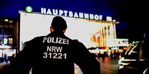 bundespolizei-koeln-hauptbahnhof[6]