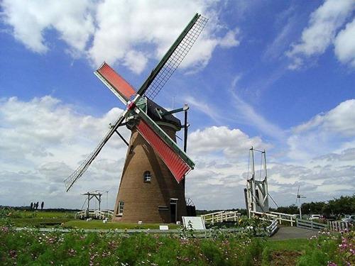 Netherland_Windmill