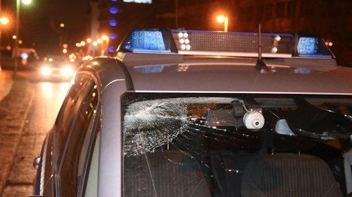 steinattacke_polizeiwagen