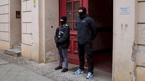 die_putzbrigade_der_berliner_polizei