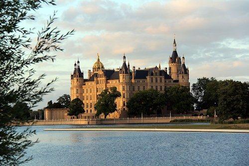 Ostdeutschland_Schwerin_Schloss