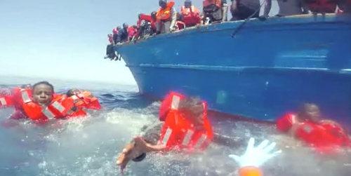 rettung_aus_mittelmeer[4]