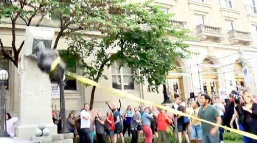 Statue_Robert_E._Lee