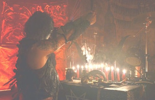 altar_satanisten