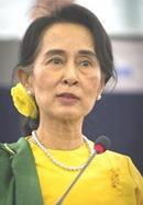 Aung_San_Suu_Kyi_2013