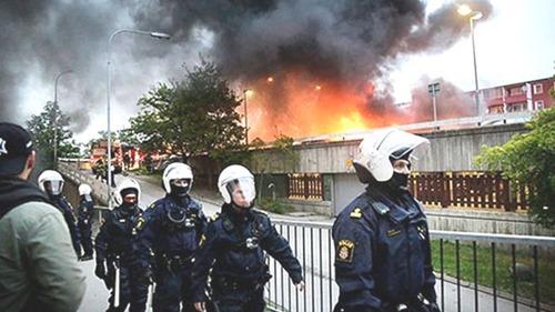 unruhen_in-schweden