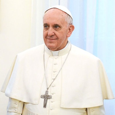 Pope_Francis_in_March_2013[6]