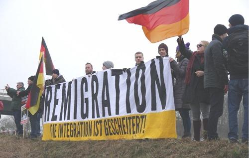IB_Remigration