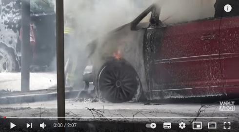autos-brennen
