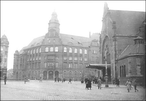 Gelsenkirchen,_Postamt_und_Hauptbahnhof